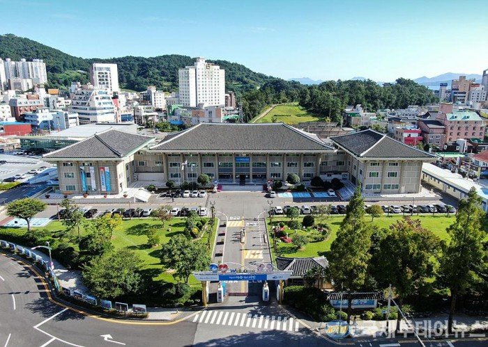 1. 여수시, 신중년 사회공헌활동 지원사업 4년 연속 공모 선정.jpg